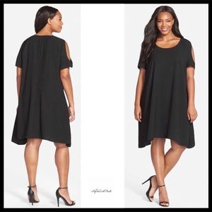 PLUS SIZE COLD SHOULDERS BLACK KNIT SWING DRESS